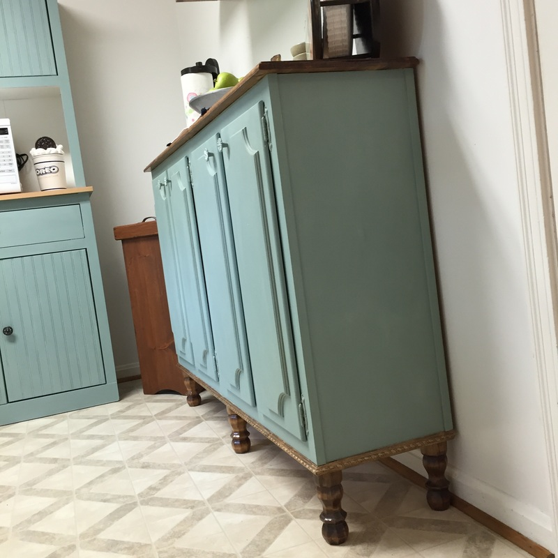 Repurposed Kitchen Cabinets with Chalk Paint