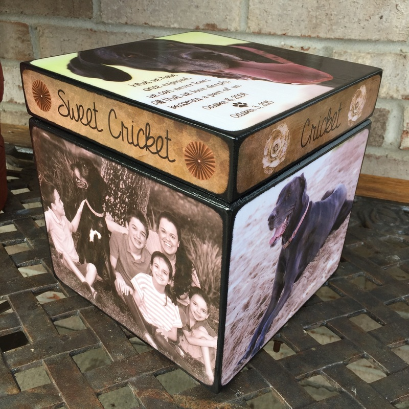 Personalized Pet Urn with your photo's